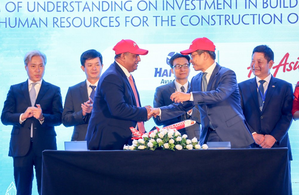AirAsia signs Memorandum of Cooperation for Vietnam JV