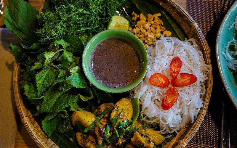 Hoi-An-Spice-Viet-Restaurant-Cha-Ca-Hanoi-Image-by-James-Pham-3